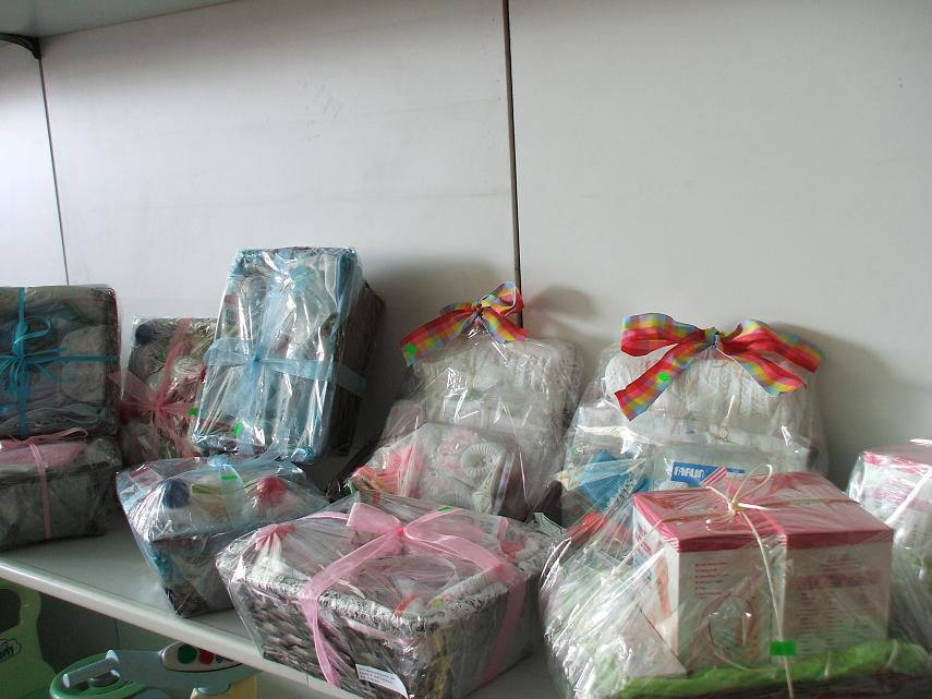 Σετ Δώρου για Νεογέννητο. Καλάθι με προϊόντα για τις πρώτες ανάγκες του  βρέφους. 348ae2be4f9